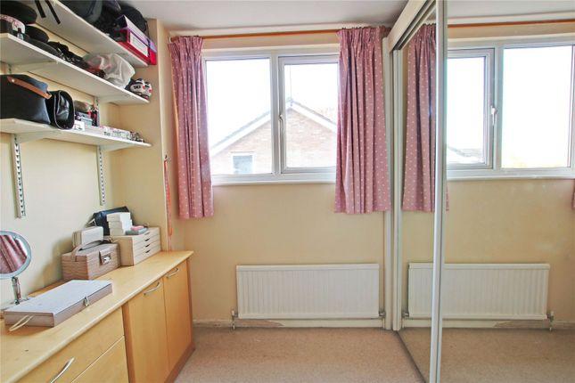 Picture No. 39 of Junewood Close, Woodham, Addlestone KT15