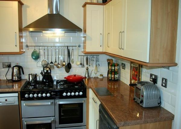 3 bedroom detached house for sale in Diana Road, Birches Head, Stoke-On-Trent, Staffordshire