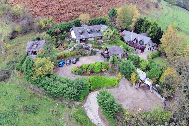 Thumbnail Hotel/guest house for sale in Horseshoe Pass, Llangollen