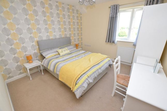 Bedroom of Whitelake Place, West Golds Way, Newton Abbot, Devon TQ12