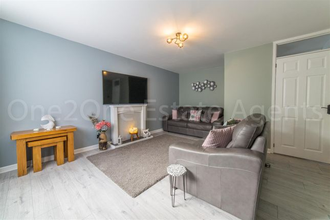 Thumbnail Flat for sale in Viaduct Court, Lower Cwm, Pontypool