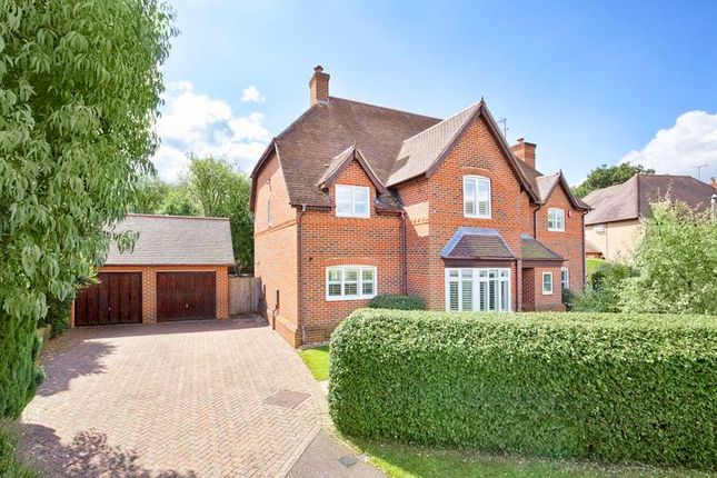 Thumbnail Detached house for sale in The Asters, Cheshunt, Waltham Cross