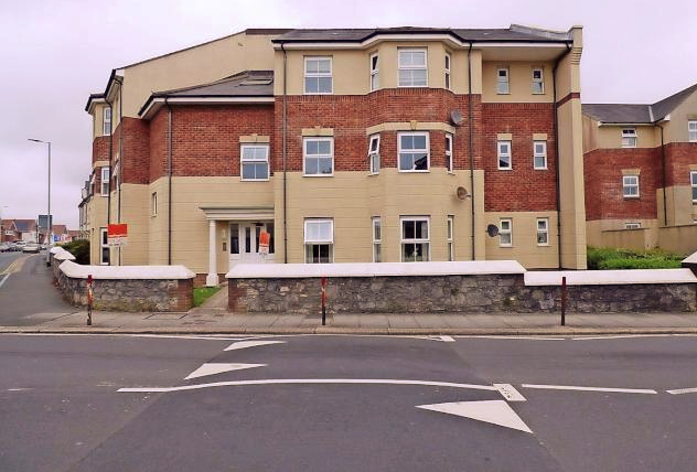 Thumbnail Flat for sale in Beacon Park Road, Plymouth