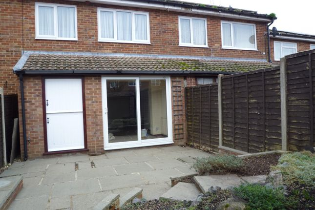Thumbnail Terraced house to rent in Southdene, Halstead, Sevenoaks