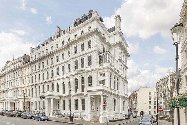 Thumbnail Hotel/guest house for sale in Lancaster Gate, London
