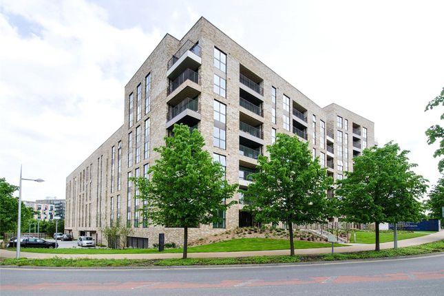 Thumbnail Flat for sale in 4 Lakeside Drive, Park Royal, London