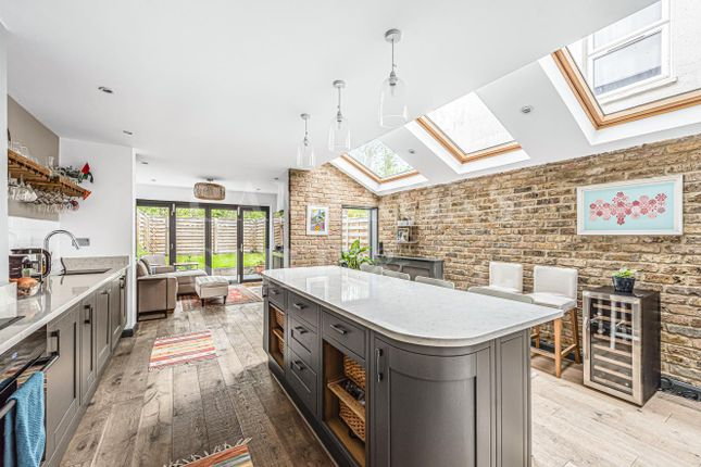 Thumbnail Property for sale in Purves Road, London