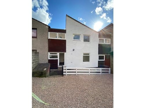 Thumbnail Terraced house to rent in Thurso Crescent, Dundee