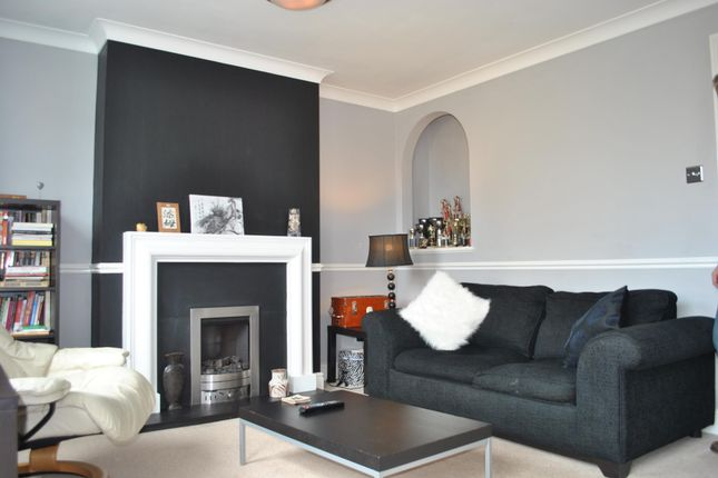 Thumbnail Property to rent in Draper Close, Isleworth