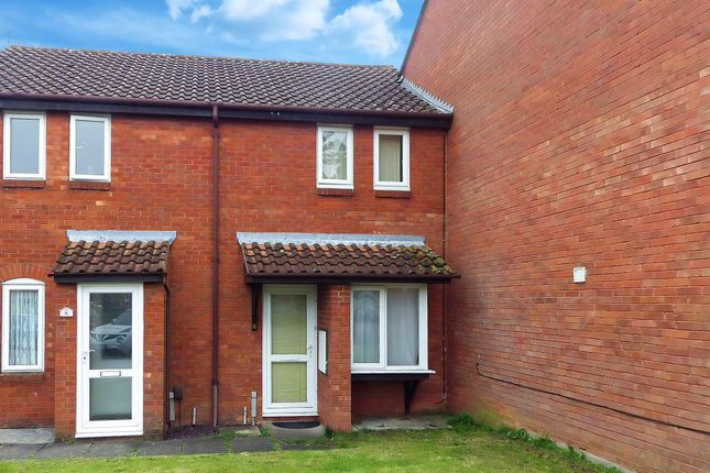 Thumbnail Terraced house to rent in Foster Close, Aylesbury, Buckinghamshire