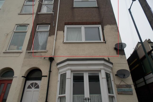 Thumbnail Flat for sale in Humber Street, Cleethorpes