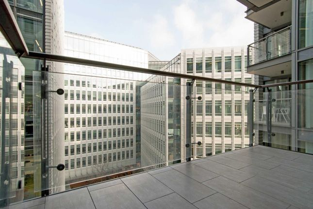 Central St Giles Piazza London Wc2h 1 Bedroom Flat For
