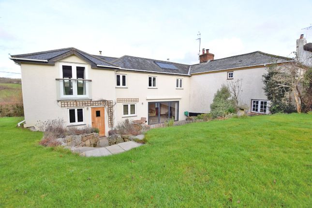 Thumbnail Semi-detached house to rent in Doddiscombsleigh, Exeter
