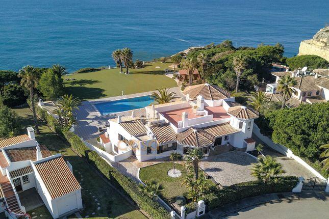 Thumbnail Villa for sale in Carvoeiro, Lagoa E Carvoeiro, Algarve