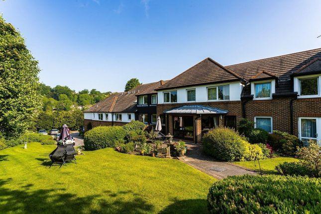 1 bed flat to rent in Beechwood Gardens, Caterham CR3