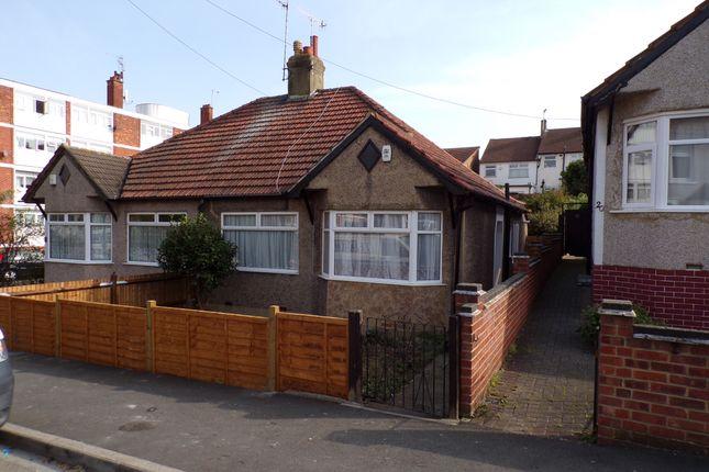 Bungalow to rent in Gertrude Road, Belvedere