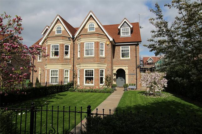Thumbnail Semi-detached house for sale in Magnolia Gardens, St. Albans, Hertfordshire