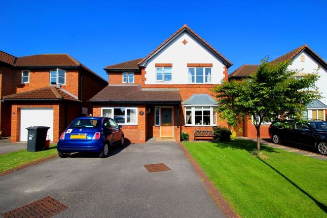 Thumbnail Detached house for sale in Lon Hafren, Rhyl