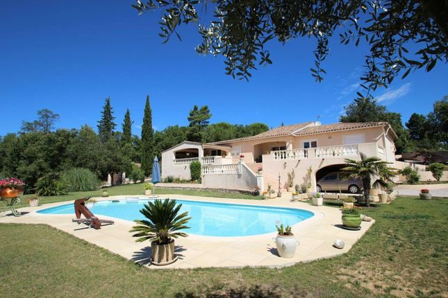 Villa for sale in Bagnols-En-Foret, Provence-Alpes-Cote D'azur, 83600, France