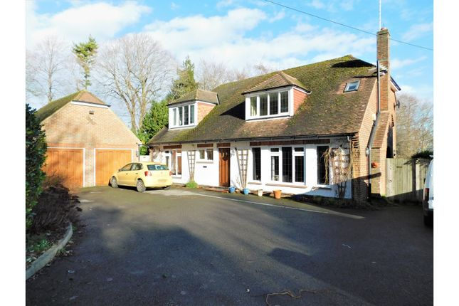4 bed detached house for sale in Maudlin Lane, Steyning