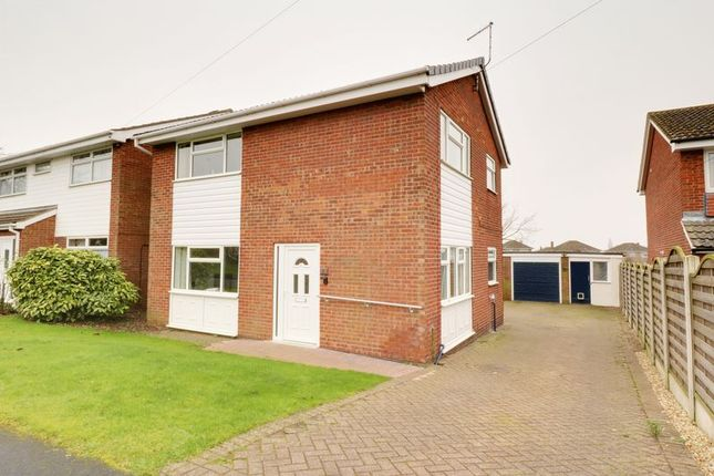 4 bed detached house for sale in Chapel Way, Brigg
