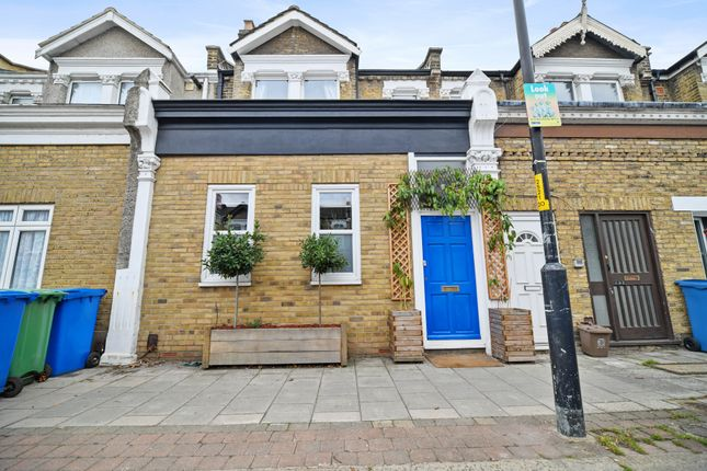 Thumbnail Terraced house for sale in Ivydale Road, Nunhead