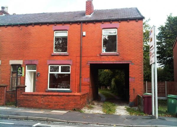 Thumbnail Semi-detached house to rent in Chorley Road, Westhoughton, Bolton