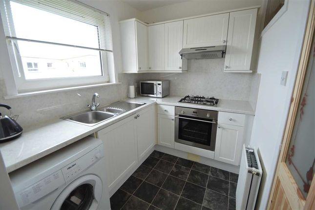 Kitchen of Kintore Park, Hamilton ML3