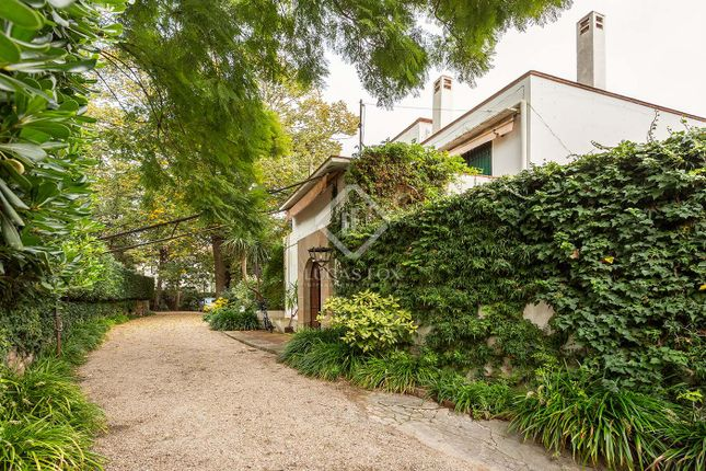 Thumbnail Villa for sale in Spain, Barcelona, Barcelona City, Sant Gervasi - La Bonanova, Bcn5350