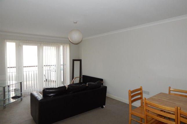 Rokerlea Gladstone Street Sunderland Sr6 2 Bedroom Flat