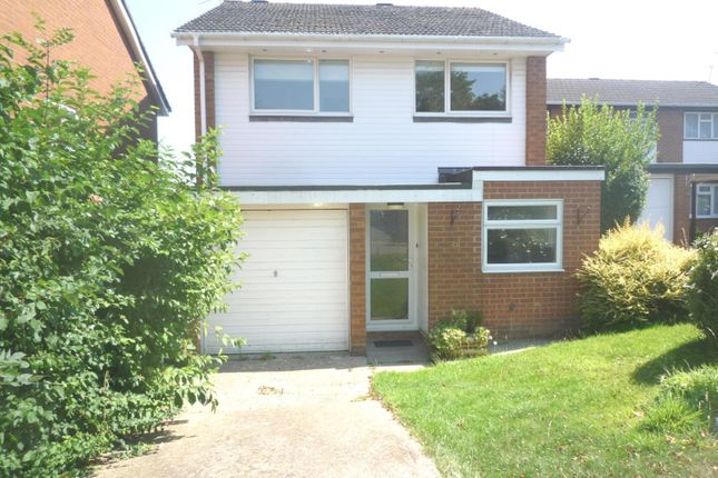 Thumbnail Detached house to rent in Kelso Close, Worth, Crawley