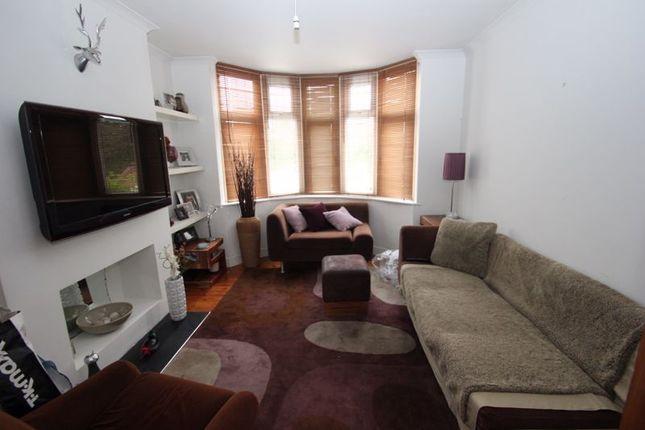 Front Lounge of Crooks Lane, Studley B80