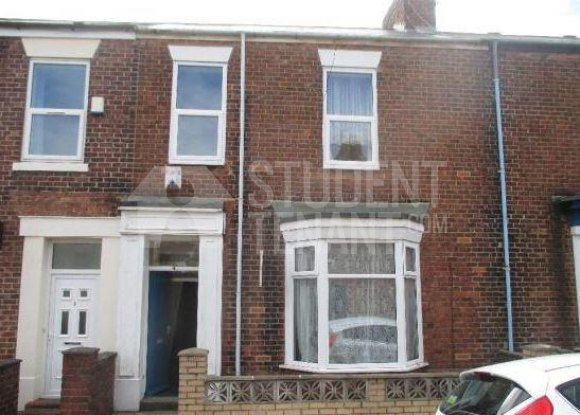 Thumbnail Shared accommodation to rent in Chester Terrace, Sunderland