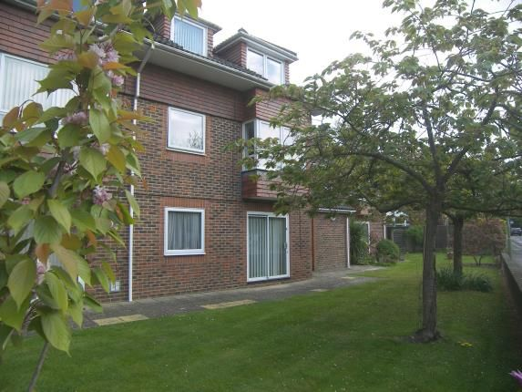 Thumbnail Flat for sale in 4 Horndean Road, Emsworth, Hampshire
