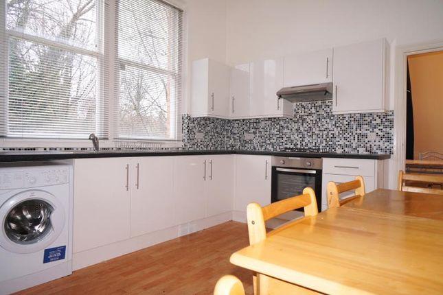 Thumbnail Flat to rent in Cavendish Road, Brondesbury, London