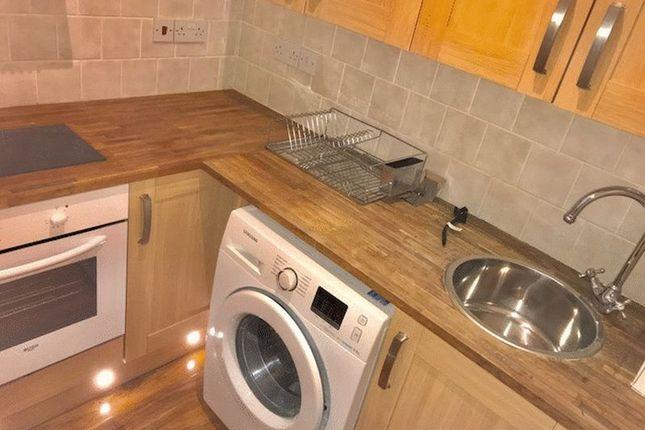 1 bed flat to rent in Lamberhurst Road, London