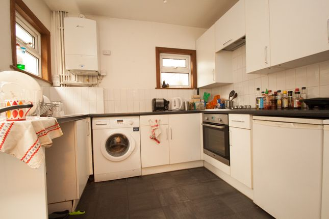 Thumbnail Terraced house to rent in Waldegrave Road, Harringey