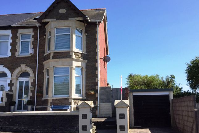 5 bed detached house for sale in Earl Crescent, Barry
