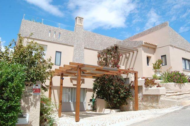 Villa for sale in Carvoeiro, Portugal