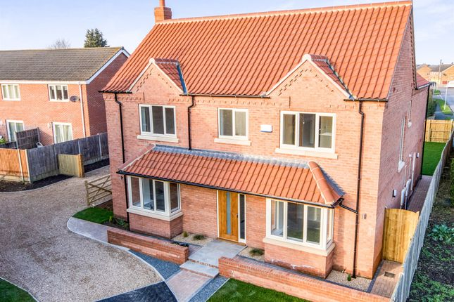 Thumbnail Detached house for sale in Manor Street, Ruskington, Sleaford