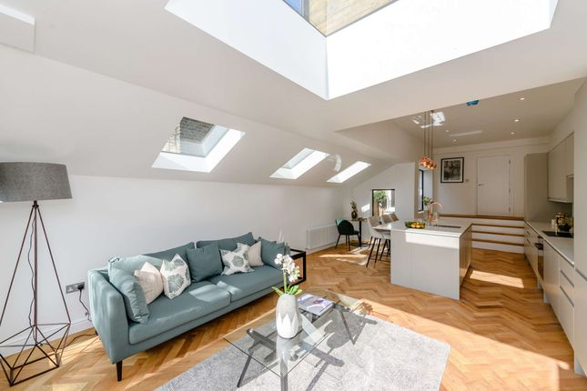 Thumbnail Terraced house for sale in Plympton Avenue, London
