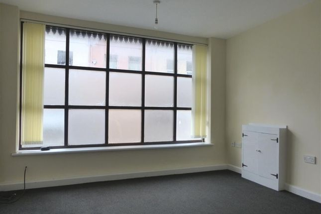 Living Room of Wyndham Street, Yeovil BA20