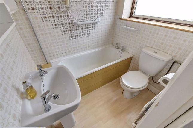 Bathroom of Malvern Road, Hull HU5