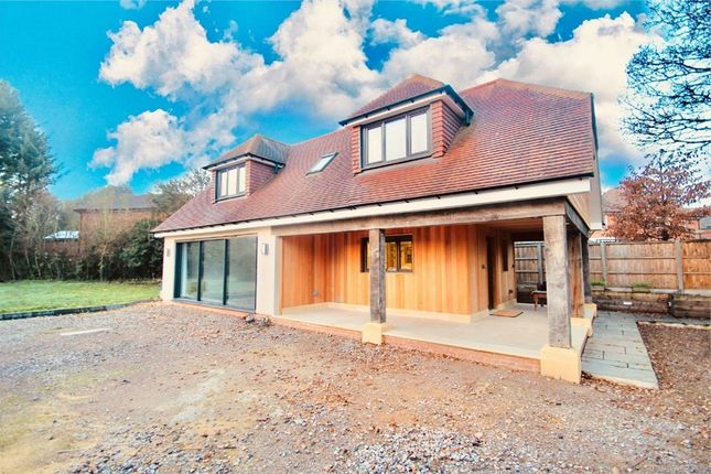 Thumbnail Detached house to rent in The Lodge, Norwood Lane, Iver, Buckinghamshire