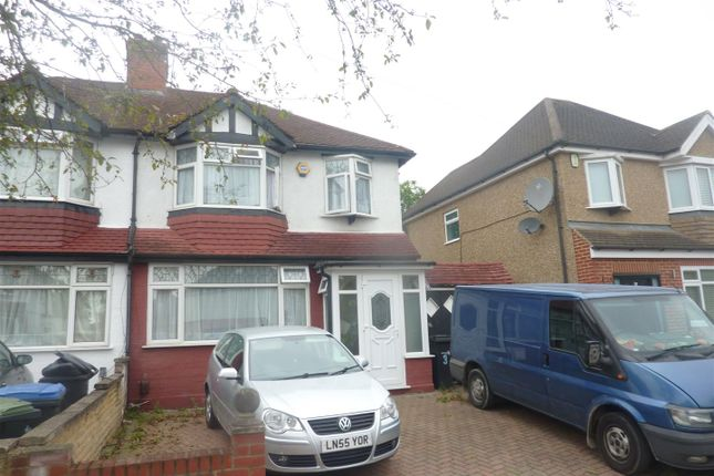 Thumbnail Flat to rent in Goodwood Avenue, Enfield
