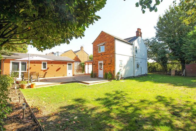 Thumbnail Detached house for sale in Baskerville Road, Sonning Common