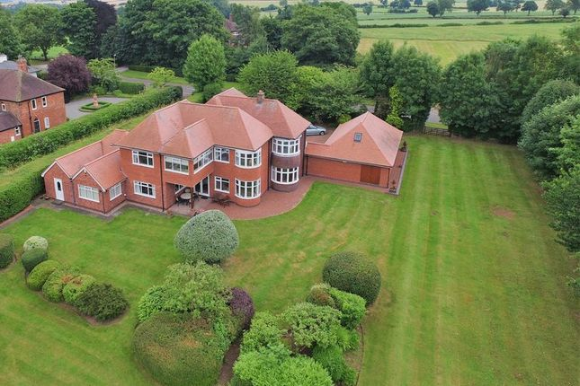 Thumbnail Detached house for sale in Burton Road, Repton, Derby