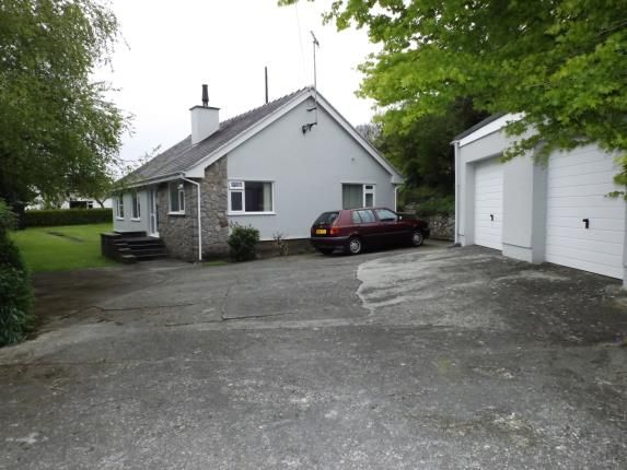 3 bed bungalow for sale in Llaneilian, Anglesey, North Wales, United Kingdom