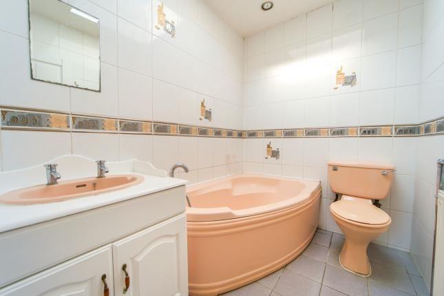 Bathroom of Ryhope Road, Southgate, London, . N11