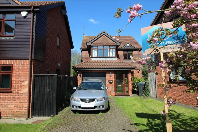 Thumbnail Detached house for sale in Stratfield Park Close, Winchmore Hill, London